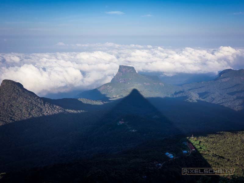 how-to-climb-adams-peak-sri-lanka-sri-pada-32