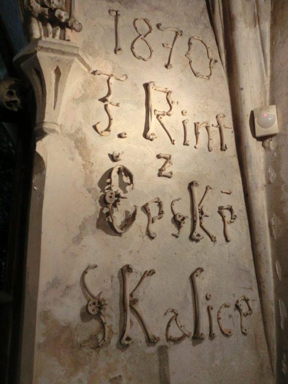 knochen-kirche-prag-2