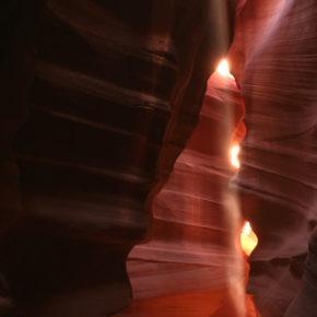 upper-antelope-canyon-lichtstrahl-08