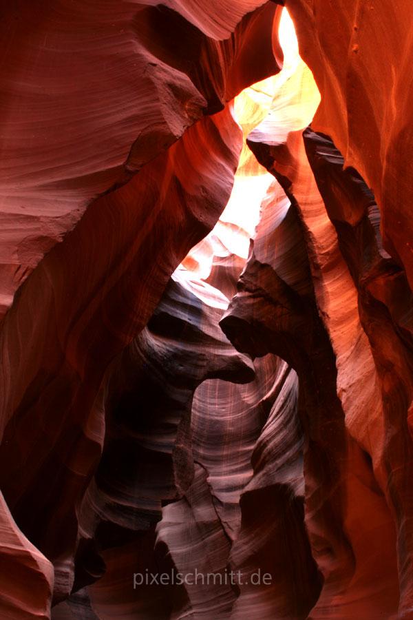 upper-antelope-canyon-lichtstrahl-12