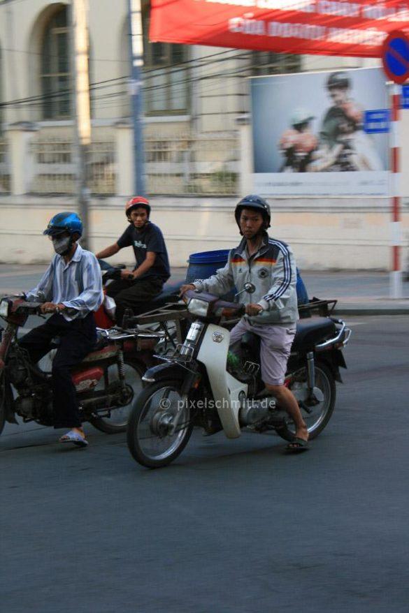 Verkehr-in-saigon-pixelschmitt-0561