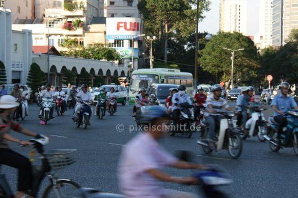 Verkehr-in-saigon-pixelschmitt-0592