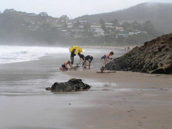 Und so privat geht´s auch am Hot Water Beach