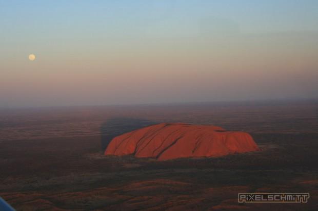 ayers-rock-luftbild-aerial-view-003