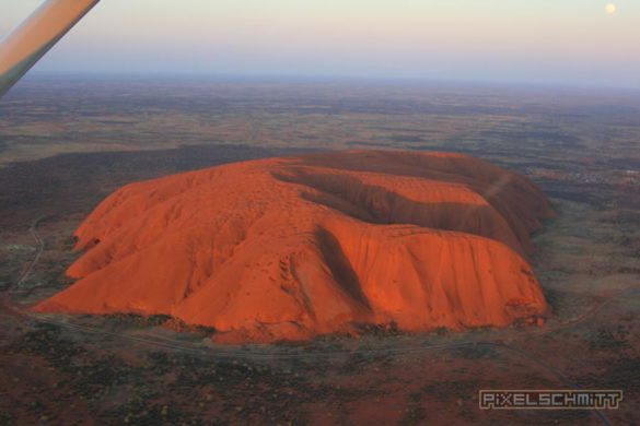 ayers-rock-luftbild-aerial-view-005