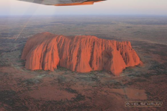 ayers-rock-luftbild-aerial-view-007