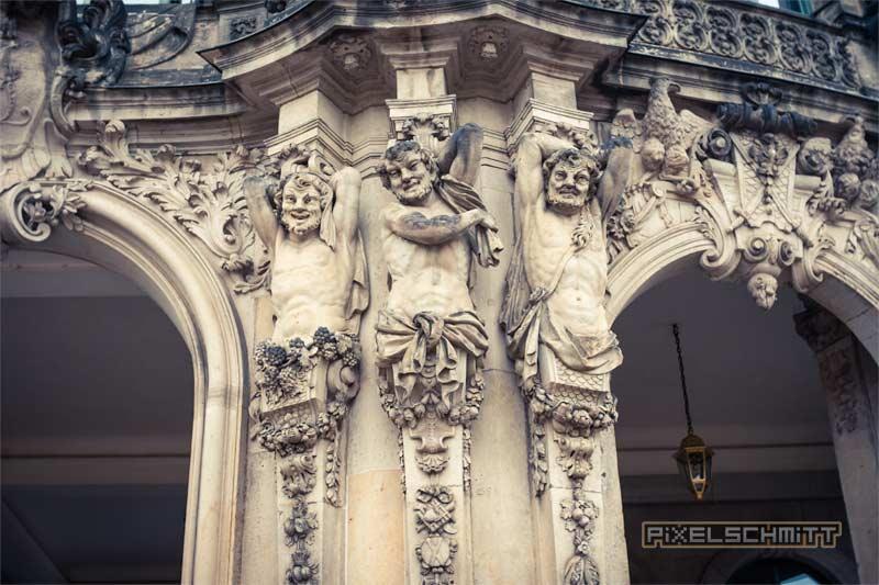zwinger-dresden-statuen