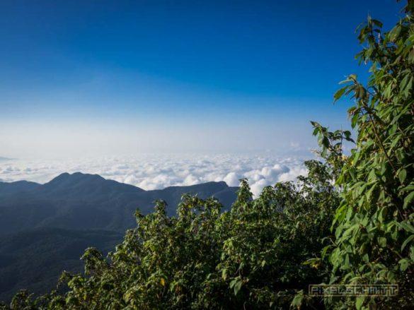 how-to-climb-adams-peak-sri-lanka-sri-pada-35