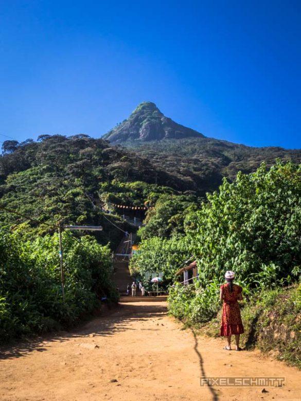 how-to-climb-adams-peak-sri-lanka-sri-pada-39