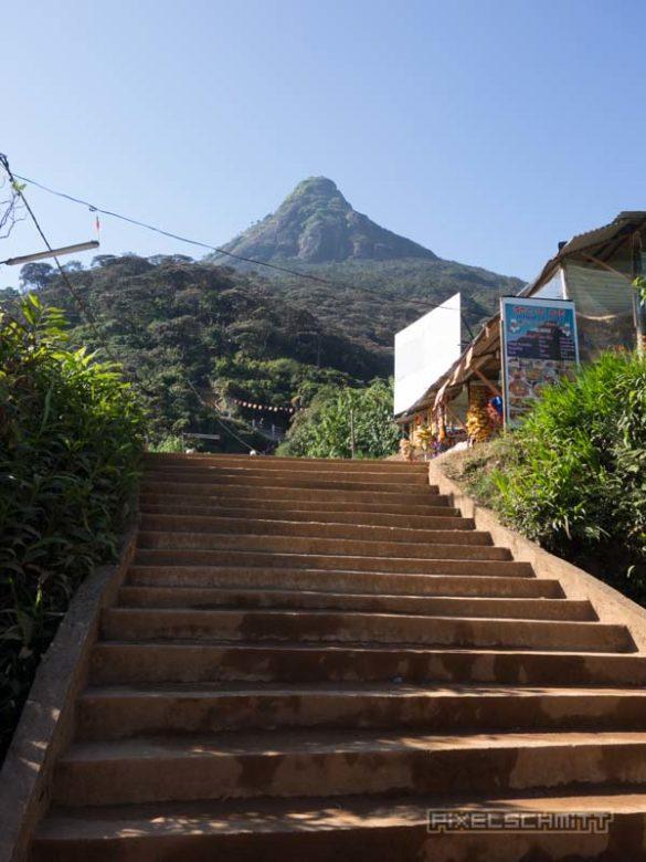 how-to-climb-adams-peak-sri-lanka-sri-pada-40