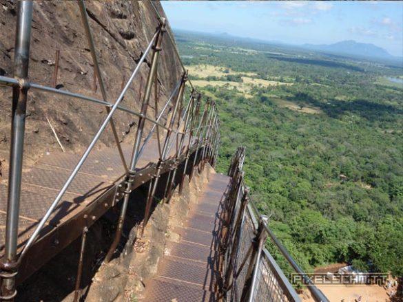 sigriya-treppen-stufen