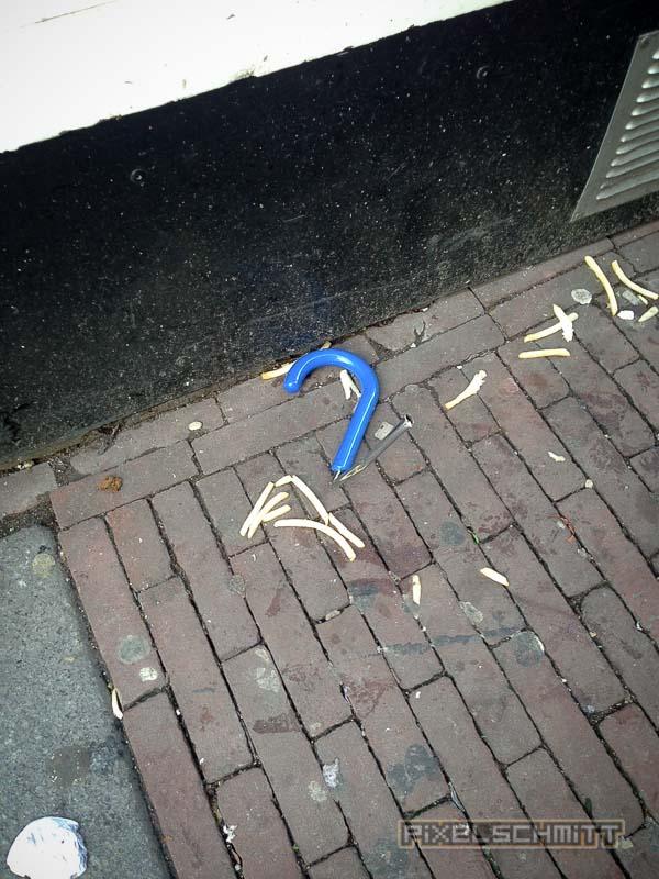 orkan-amsterdam-regenschirme-12
