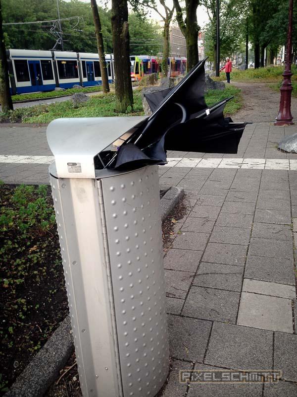 orkan-amsterdam-regenschirme-16