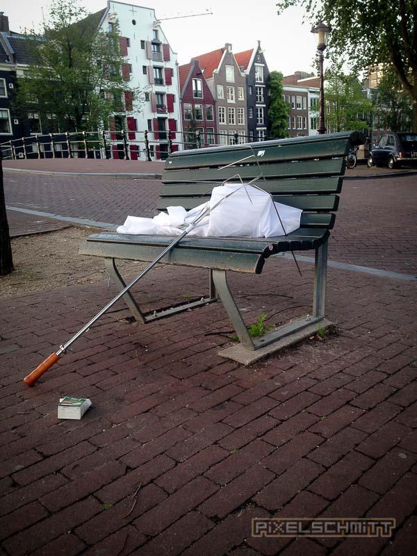 orkan-amsterdam-regenschirme-18