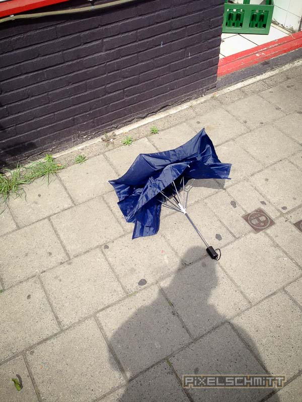 orkan-amsterdam-regenschirme-24