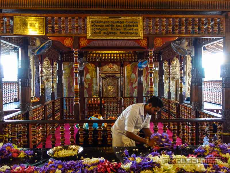Zahntempel in Kandy – die wichtigste Pilgerstätte Sri Lankas