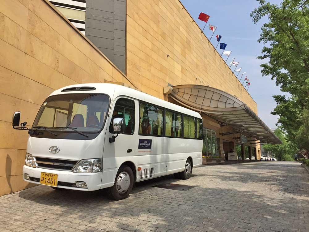 shuttle-bus-shopping-myeongdong-Grand-Ambassador-Seoul