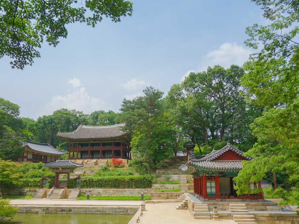 changdeokgung palace garten