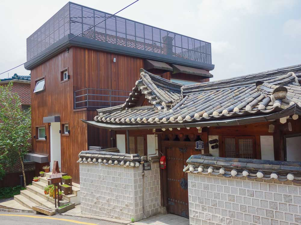 seoul bukchon hanok village alt trifft modern