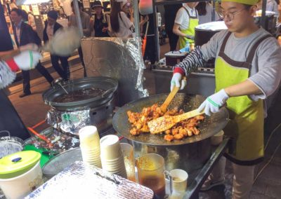 street-food-seoul-fleischbaellchen