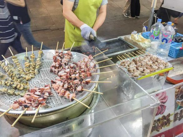street-food-seoul-oktopusbaellchen