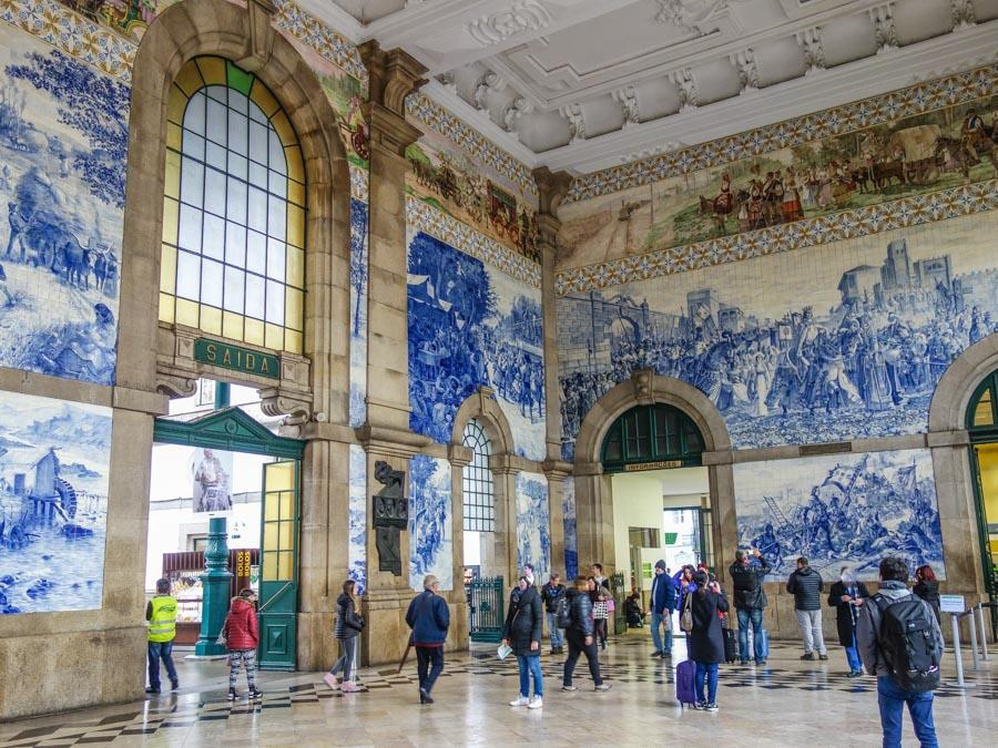 Der Bahnhof Sao Bento