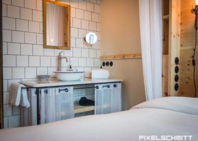 So sehen die Zimmer aus im 25 Hours Hotel München