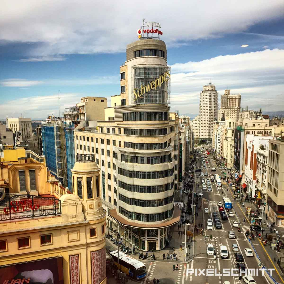 Blick auf die Gran Via in Madrid