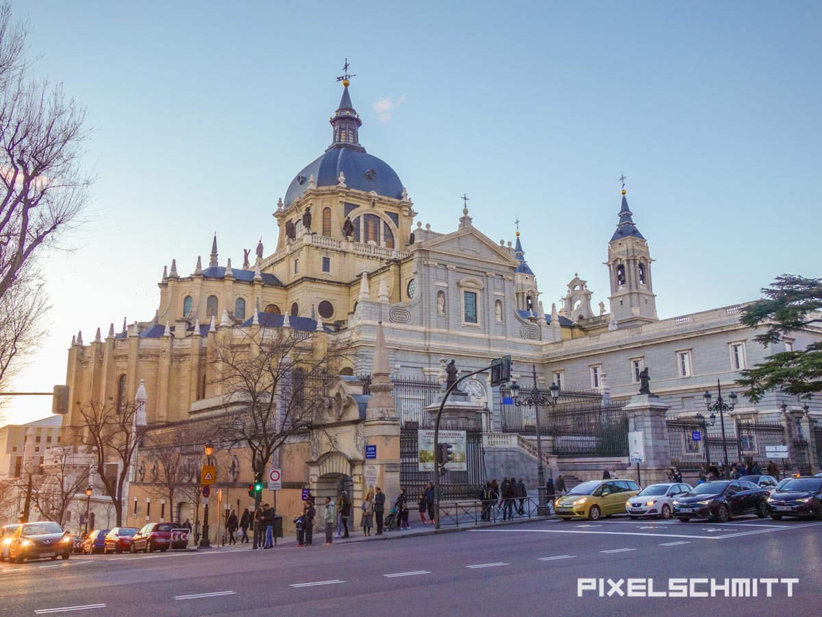 Die Kathedrale von Madrid