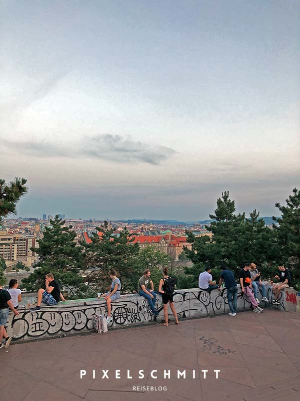 Der Ausblick vom Metronom in Richtung Prag