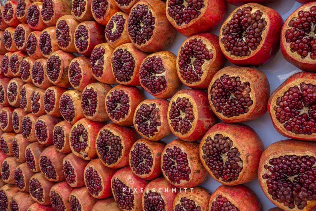 Granatäpfel auf dem Carmel Market Tel Aviv