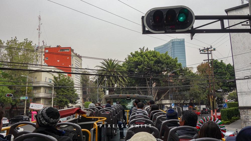 Mit dem Bus durch Mexiko-Stadt