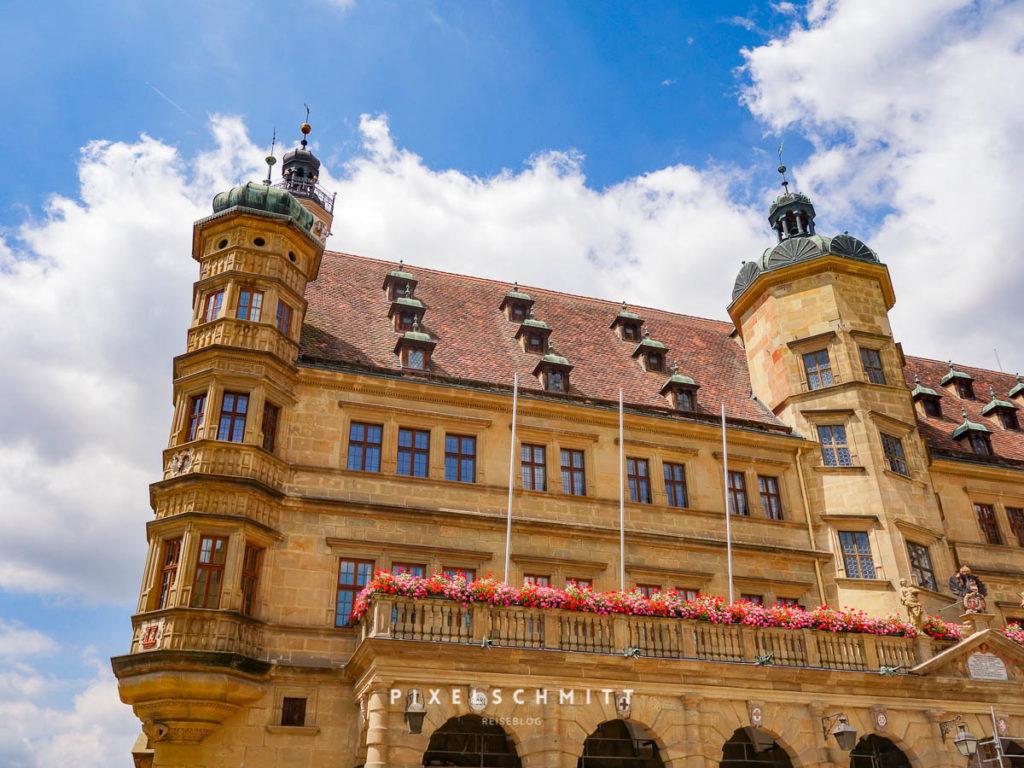 Das Rathaus von Rothenburg ob der Tauber